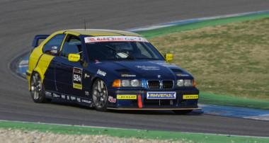 DMV BMW 318ti Cup: Erfolgreicher Auftakt