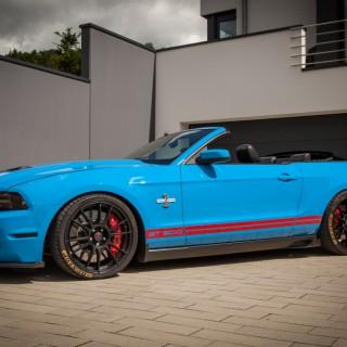 Umfangreiches ST Fahrwerkprogramm für den Ford Mustang VI (LAE)