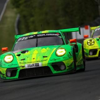 """ADAC Total 24h-Rennen: Manthey-Racing überquert beim """"Qualy-Rennen"""" als Siebter die Ziellinie"""