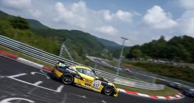 VLN: Erster Saisonsieg für Schmickler Performance