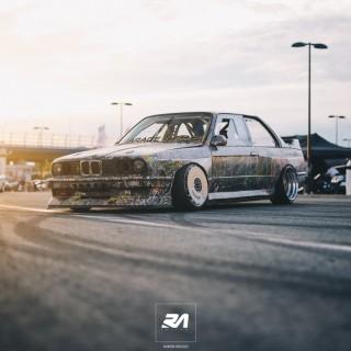 Liebesgrüße aus der Ukraine: ein BMW E30 auf der Überholspur!