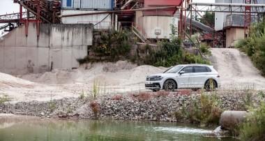 Wir entwickeln verstärkt adaptive SUV-Gewindefahrwerke: KW DDC plug & play für VW Tiguan II erhältlich