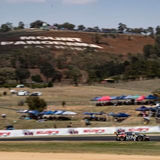 Liqui-Moly Bathurst 12 Hour: Klassensieg und bester Porsche fährt als Vierter über die Ziellinie