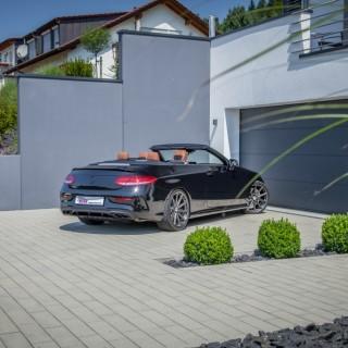 Erhältlich für alle Mercedes-AMG C43 4MATIC: Stufenlos in der Tieferlegung einstellbare KW Federn