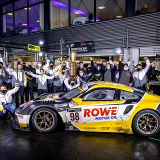 Porsche gewinnt mit ROWE Racing 24h-Rennen in Spa