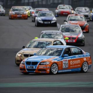 "NLS: Pixum CFN Adrenalin Motorsport macht den ""Titel-Hattrick"" perfekt"