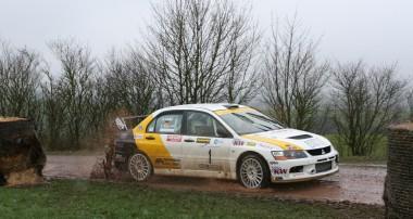 Rallye: Perfekter Hattrick