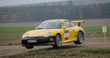 Rallye: Rainer Noller fliegt nach Aufholjagd zum Divisionssieg