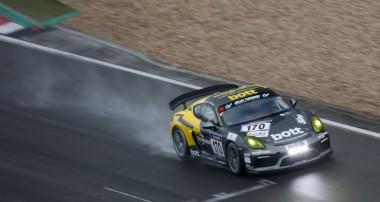 VLN: Cayman GT4 erstmals bester Porsche von Manthey-Racing