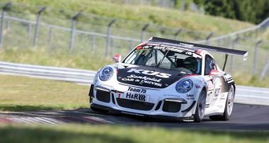 VLN: KÜS Team75 Bernhard verliert Klassensieg kurz vor dem Ziel
