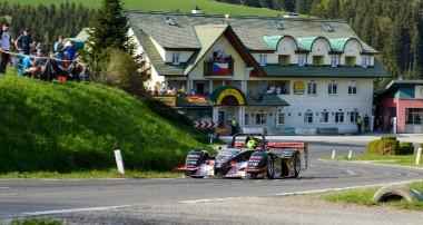 Berg: Steiner Motorsport fährt beim Saisonauftakt aufs Podium!