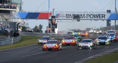 VLN: Porsche-Team Frikadelli Racing holt Gesamtsieg mit KW Competition