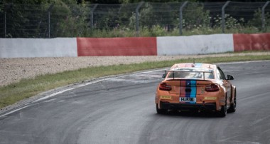 VLN: Zwei Klassensiege für Bonk Motorsport