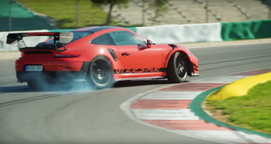 Chris Harris stellt mit dem Porsche 911 GT2 RS MR persönlichen Rundenrekord auf!