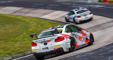 ADAC Total 24h-Rennen: PIXUM Team Adrenalin Motorsport mit starkem Ergebnis bei der 24h-Generalprobe
