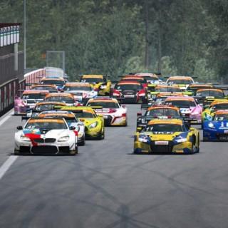 Europas Top-Simracer bei der ADAC GT Masters eSports Championship 2020