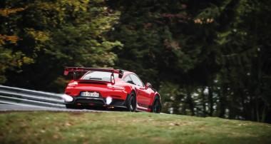 MR Gewindefahrwerk mit GT3-Motorsporttechnologie für Porsche 911: Manthey-Racing und KW automotive entwickeln gemeinsam