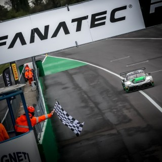 GTWC Europe – GT World Challenge: Auftaktsieg von Dinamic Motorsport in Monza