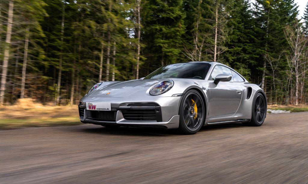 Schöner fahren: das KW Gewindefahrwerk Variante 4 für alle Porsche 911 (992)